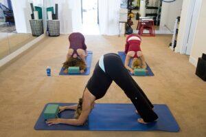 bikram yoga gravid